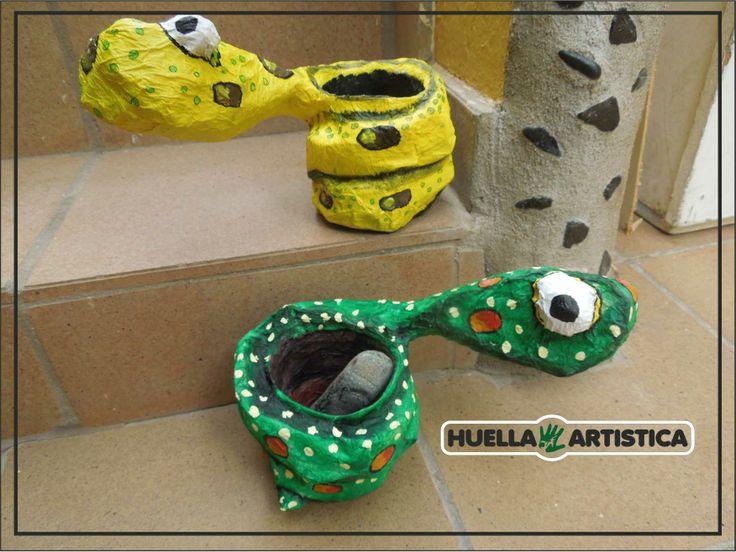 Cursos de Reciclarte : PAPEL Y CARTÓN, puerta vaso.