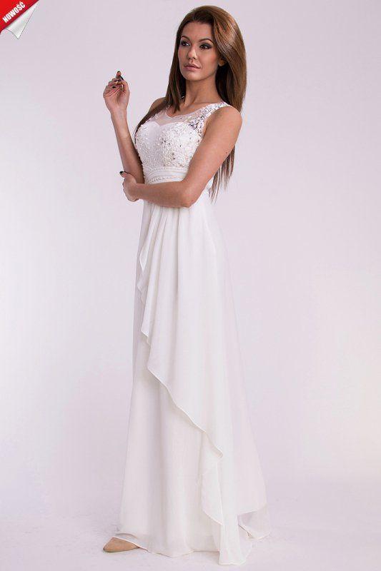 Biała, elegancka długa suknia ozdobiona haftem i cekinami. #kobieta #suknia #sukienka #długa #biała #elegancka #cekiny