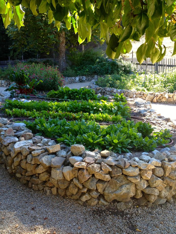 raised bed rock borders Natural Stone Raised Flower Bed