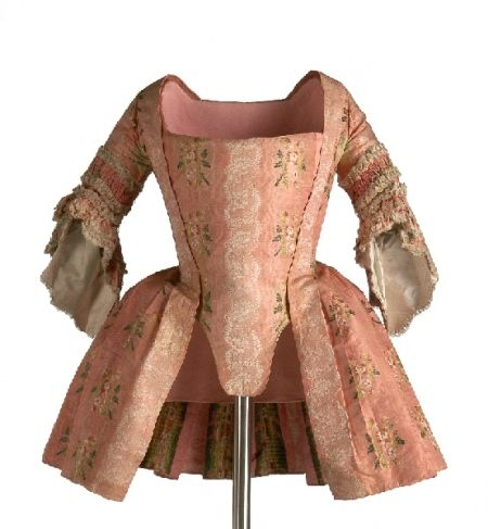 18th century robe á la francaise (1760-1780) at Los Angeles County Museum of Art