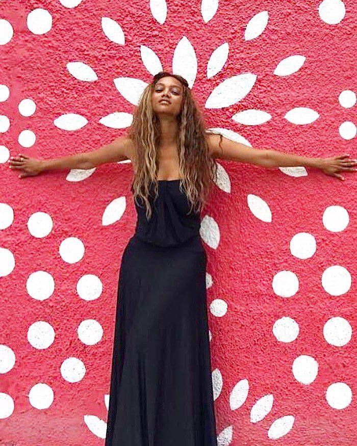 Haloween Ressurection Tyra Banks: Best 25+ Tyra Banks Ideas On Pinterest