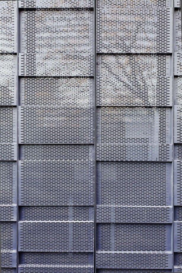 Two Houses Conde | Hitzig Militello arquitectos; Photo: Federico Kulekdjian | Archinect