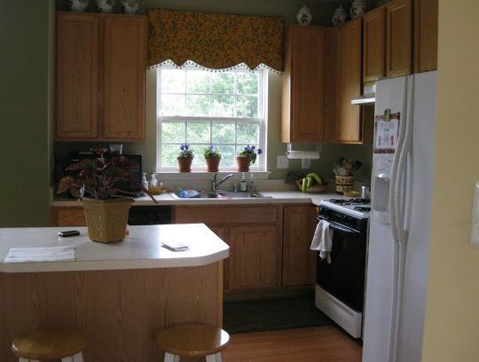 Before & After: After 10 Years This Kitchen Got a DIY Makeover — Kitchen Remodel