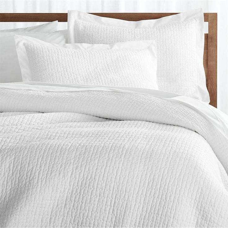 1000 Ideas About White Duvet Cover Queen On Pinterest