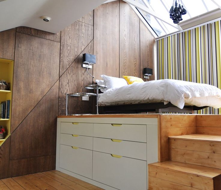 Queen Size Platform Bed Frame for Contemporary Bedroom and Side Tables