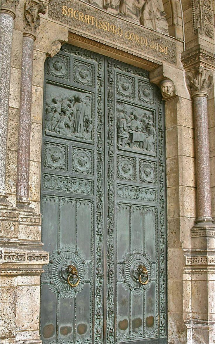 17 best images about doors and more doors on pinterest for Porte de la chapelle