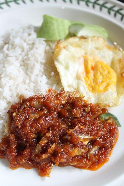 Azie Kitchen: Rahsia Menyediakan Nasi Lemak Sedap