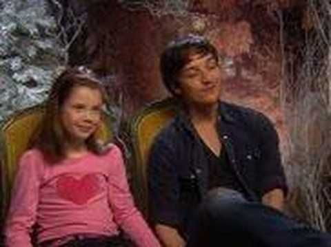 Chronicles of Narnia : Interview With Lucy and Mr. tumnus. Gotta love them!! Sooo cute:) my favorite characters in the Movie:)