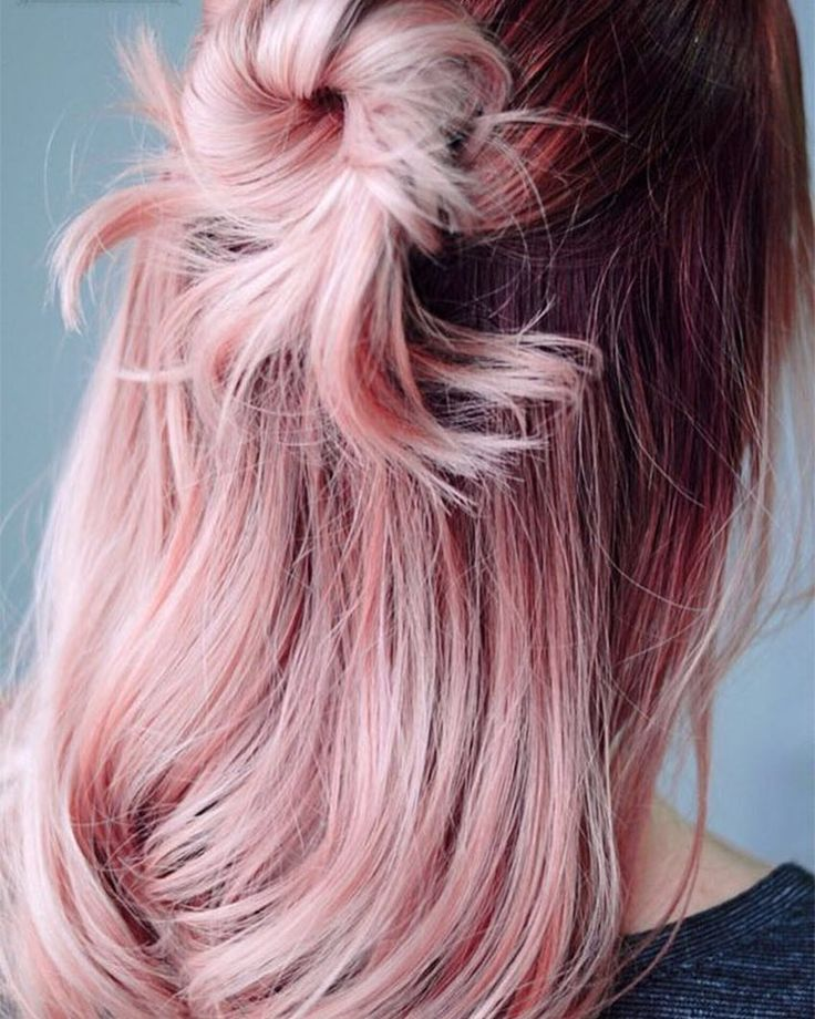 Inspired by @pantone Rose Quartz I've or some hair inspo on the blog today including this gorgeous hair by @stylistshannonnicole #hairromance