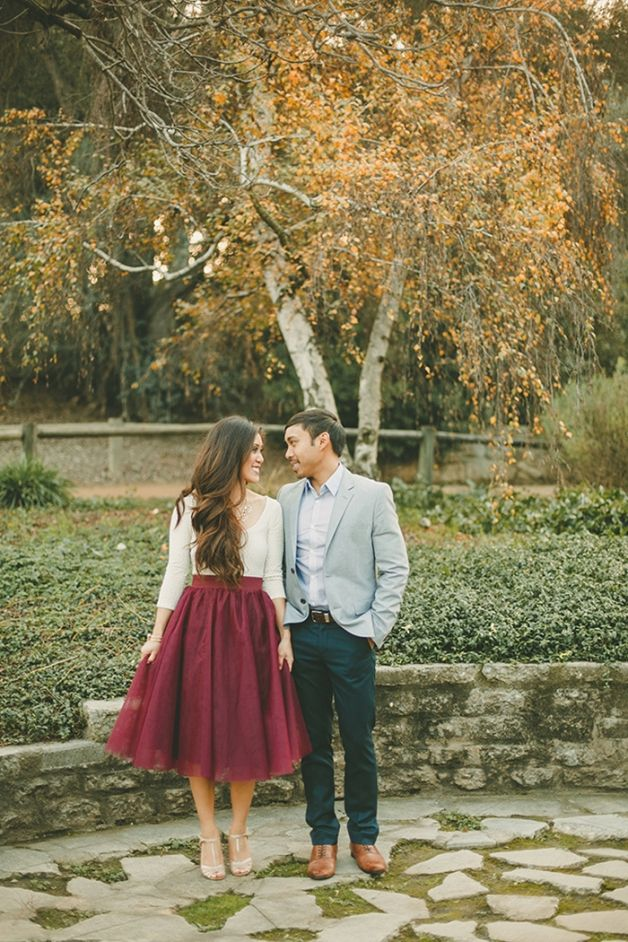 8 Fall Engagement Session Styles We Love | Fizara DIY Photo Albums
