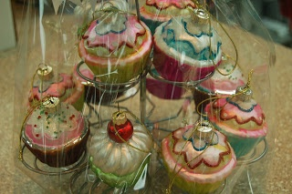 Cupcake ornaments!