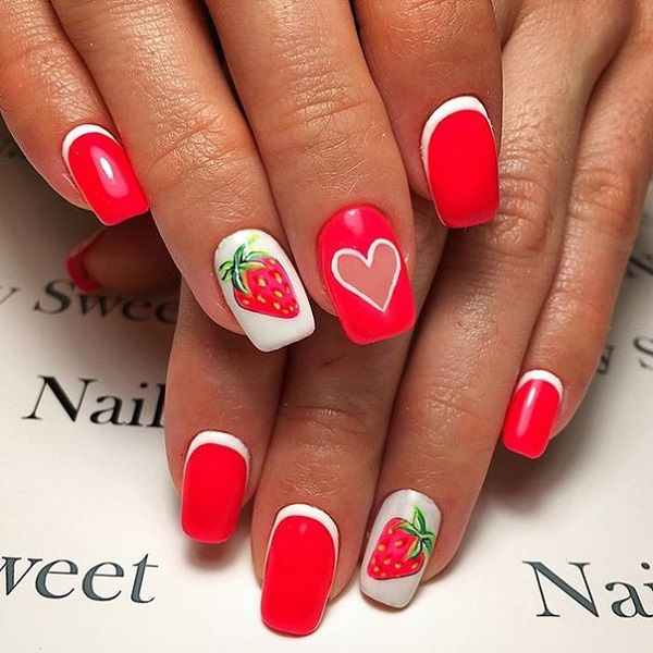 Love strawberries? Celebrate the summer with these sweet and adorable looking fruit. Add strawberry details on your nails and add more cute details on the rest of the nails such as heart shapes and thin borders to highlight the plain colored nails.