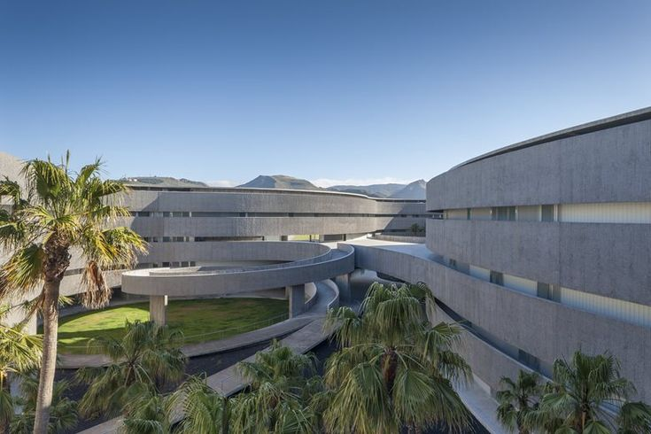 Faculty of Fine Arts, University of La Laguna, 2016 - gpy arquitectos - http://www.archilovers.com/projects/193434?utm_source=lov&utm_medium=email&utm_campaign=lov_news
