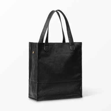 Handväska med avtagbar kasse, svart