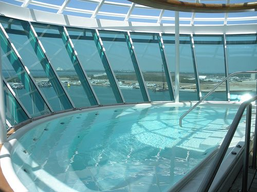 Cantilevered Hot Tub Freedom Of The Seas My Ships