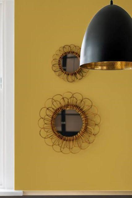 Kleur inspiratie | Oker geel in je interieur gecombineerd met gouden accenten voor een warme touch