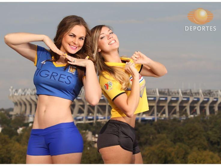 Las guapas conductoras Virginia Ramírez y Christelle Patterson muestran su apoyo a las Águilas del América y los Tigres de la UANL en un Super Clic para Televisa Deportes. Fotos: César Cerón