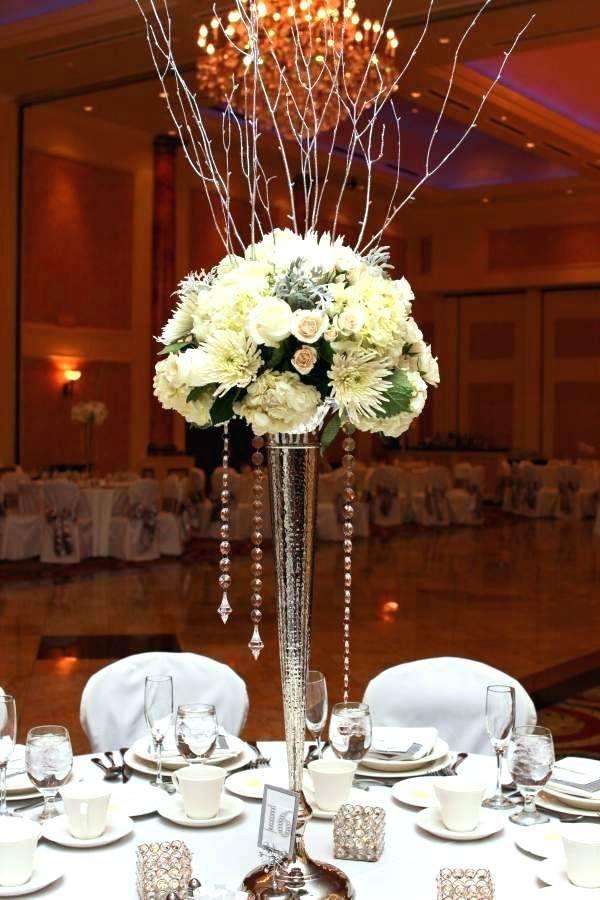 Eiffel Tower Vase Centerpiece Ideas Cylindricalvasesdecor Tall Vase Wedding Centerpieces Chandelier Decor Tall Wedding Centerpieces