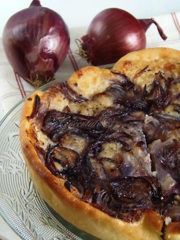 RICETTE TORTE SALATE - PIZZA PATATE E CIPOLLE DI TROPEA