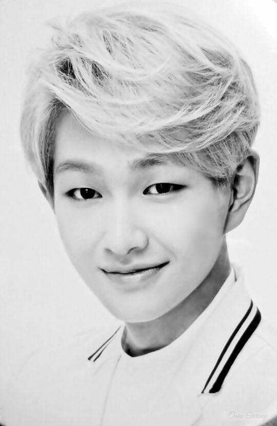 Onew confirmed as male lead in web drama Dating was the Easiest