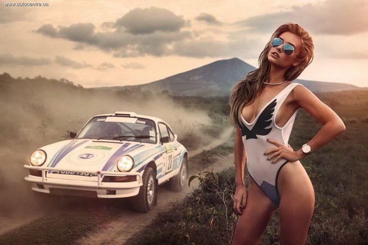 На календаре Miss Tuning автомобили отошли на второй план:)