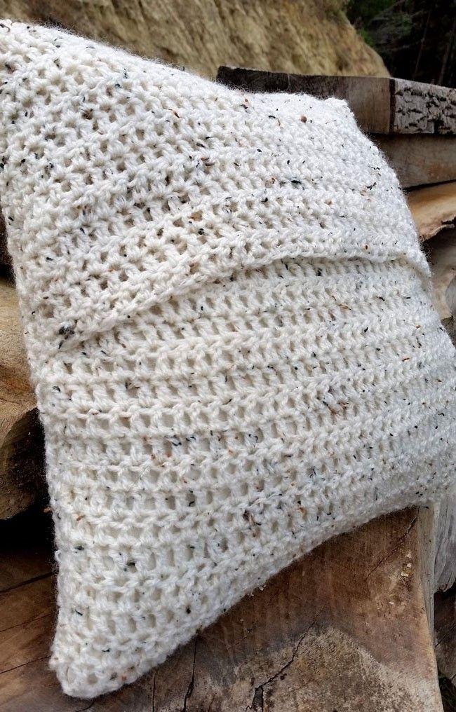 DIY PROJECT_Crochet Cushion Cover