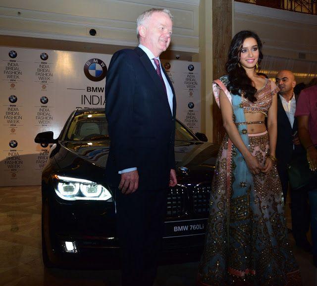 Bollywood, Tollywood & Más: Shraddha Kapoor BMW