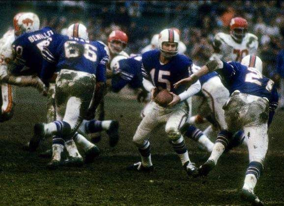 1966 AFL title game against the Chiefs. Jack Kemp hands off to Bobby Burnett.  Loved the Bills' uniforms.