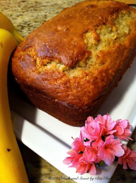 Banana Apple Yoghurt Bread with Flax Seeds