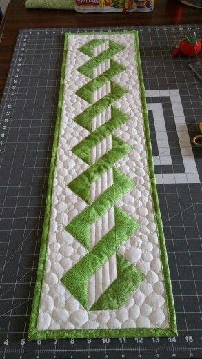 Pole Twist Quilts Quilts Quilts Pinterest L 246 Pare