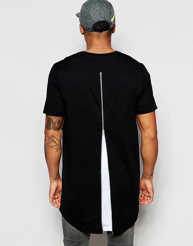 Imagen 1 de Camiseta muy larga con bolsillo en contraste y aplicación en la parte posterior de ASOS