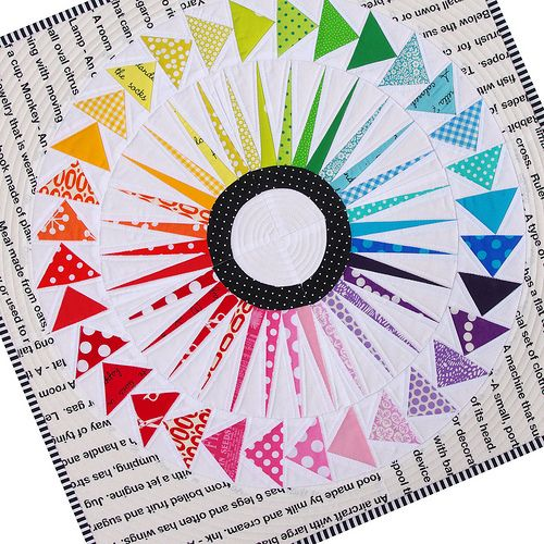 Red Pepper Quilts: New York Beauty - Circle of Flying Geese Quilt