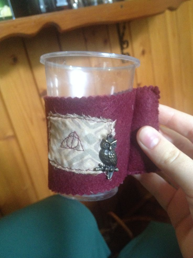 Cup holder for cold weather. Great for HP fans, especially for my love.