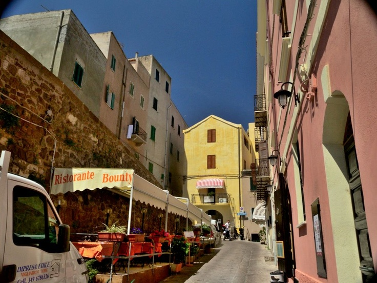 Castelsardo restaurants and bars - Sardinia