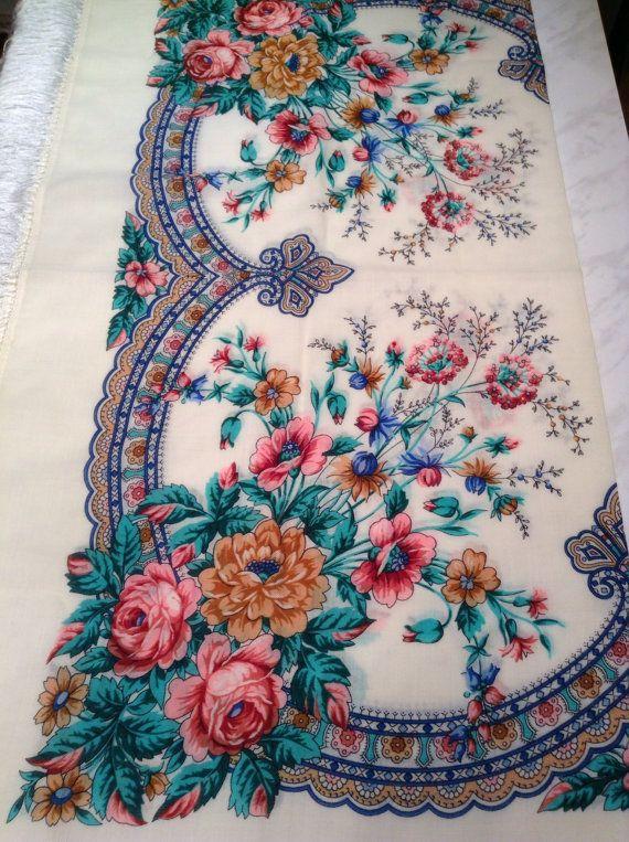 Russian Shawl. Pavlovo Posad. Wool fringesilk. by RussiaVintage