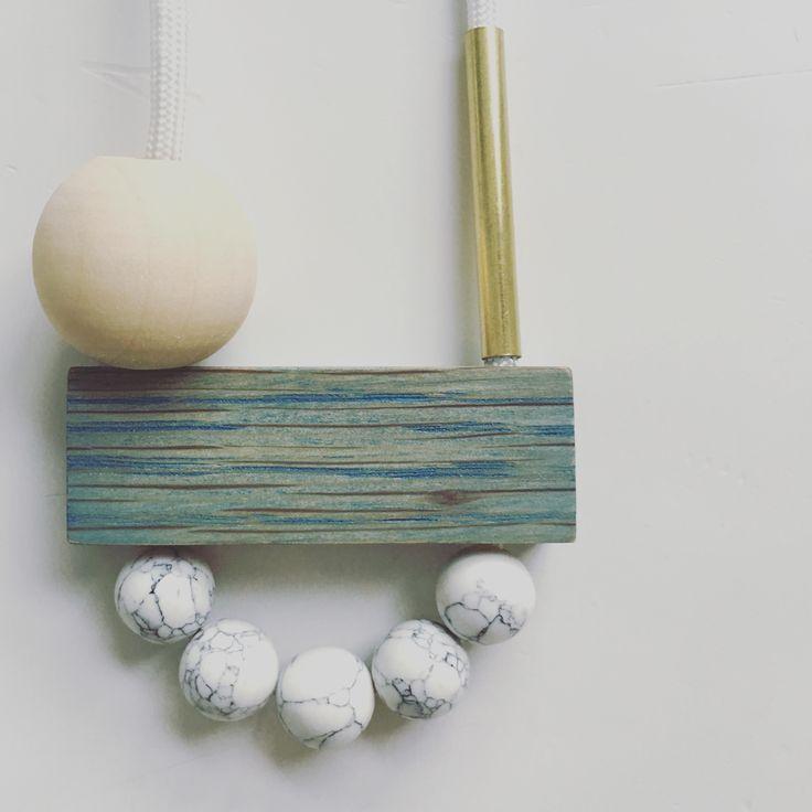 Nannestad & Sons - 'Daisy Chain' necklaces. Handmade in NZ. International shipping. Daisy pop necklace.  Oak, howlite & brass.