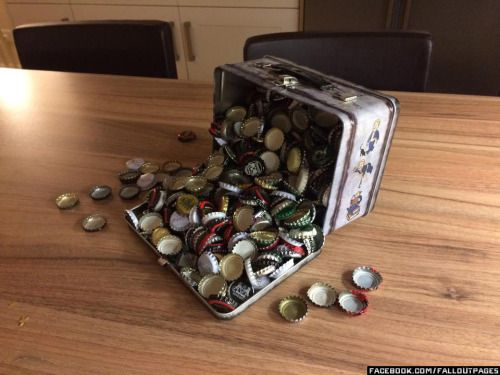 Vault-Tec lunchbox with over 500 bottle caps inside.  Photo: Charles Whaley  fallout lunchbox fallout lunchbox bottle caps fallout bottle caps