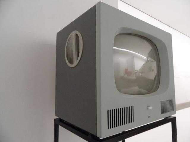 DesignbLox: Braun Design: Television HF 1