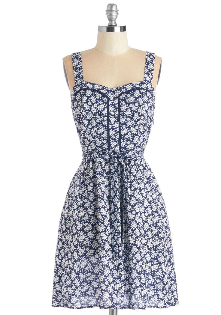 Lead the Pack Dress in Floral - Mid-length, Woven, Blue, White, Floral, Print, Casual, Sundress, A-line, Sleeveless, Spring, Belted, Variation
