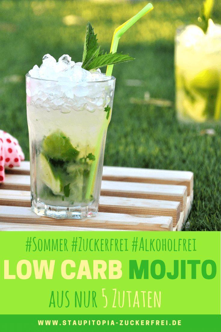 Ein Low Carb Mojito ist das perfekte Sommergetränk: Dieser Low Carb Mojito ist zuckerfrei, alkoholfrei und richtig erfrischend. Für die Zubereitung benötigst du nur 5 Zutaten: Limette, Mineralwasser, Crushed Ice, Erythrit und Tonic Water Light. Probier es am besten direkt aus!