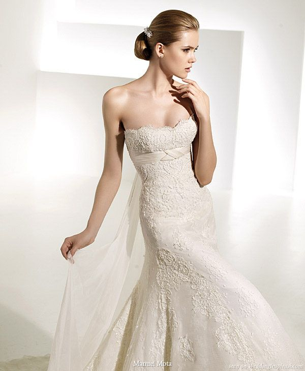 Strapless wedding gown Tunez, by Manuel Mota 2010 collection for Pronovias