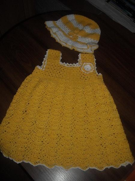 šatičky s kloboučkem žluté