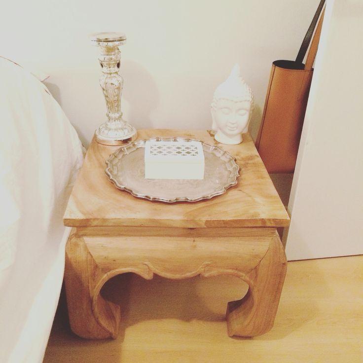 Nouvelle table de chevet acheté chez Artemano