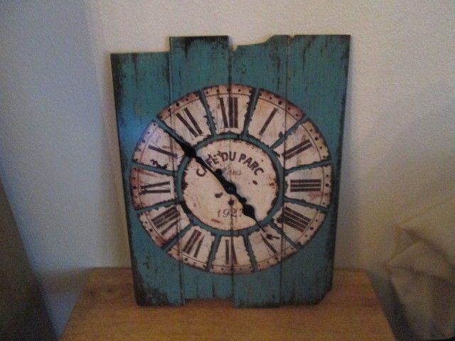 Aero Snail 15 x 12 Inches Vintage Retro Country Style Light Blue Wood Wall Clock