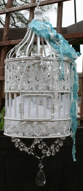 order your custom birdcages at www.bellamaisontresors.blogspot.comBirdhouses, Birds Cages Centerpieces, Birds Of Paradis, Shabby Chic, Custom Birdcages, Birds House, Beautiful Birds, Birdcages Birds, Embellishments Birdcages