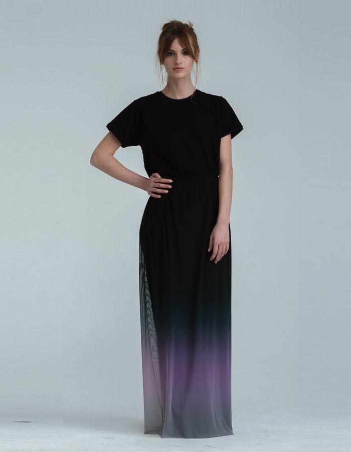 Shades - Skirt -   175,00 € cad. -  DESCRIZIONE PRODOTTO  Gonna a sirena in tulle elasticizzato stampato fodera interna in jersey elasticizzato nero