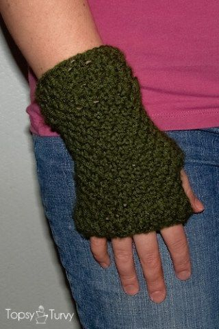 14 Knit And Crochet Fingerless Gloves Patterns By Clothes