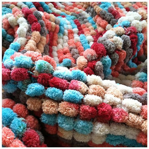 17 Best images about Pom Pom yarn on Pinterest Ravelry, Pom poms and Bags
