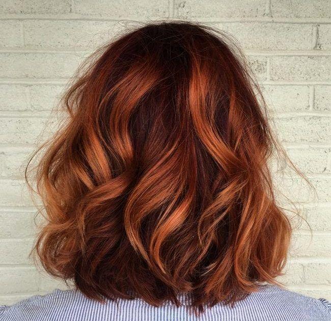 4 Schone Haarfarben Die Sie Diesen Winter Ausprobieren Mussen Ausprobieren Die Diesen Haarfarbe Kastanie Haarfarben Herbst Haare