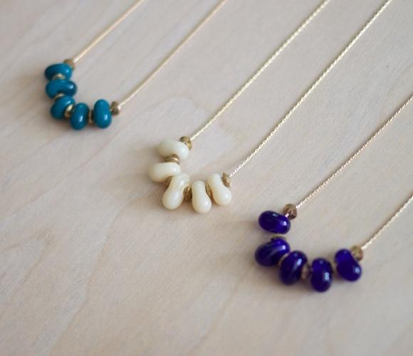 Surabaya NecklaceSummer Fashion, Clothing Style, Beach Glasses, Surabaya Necklaces, Beads Necklaces, Clothes Fashion, Indonesian Glasses, Brass Beads, Bead Necklaces